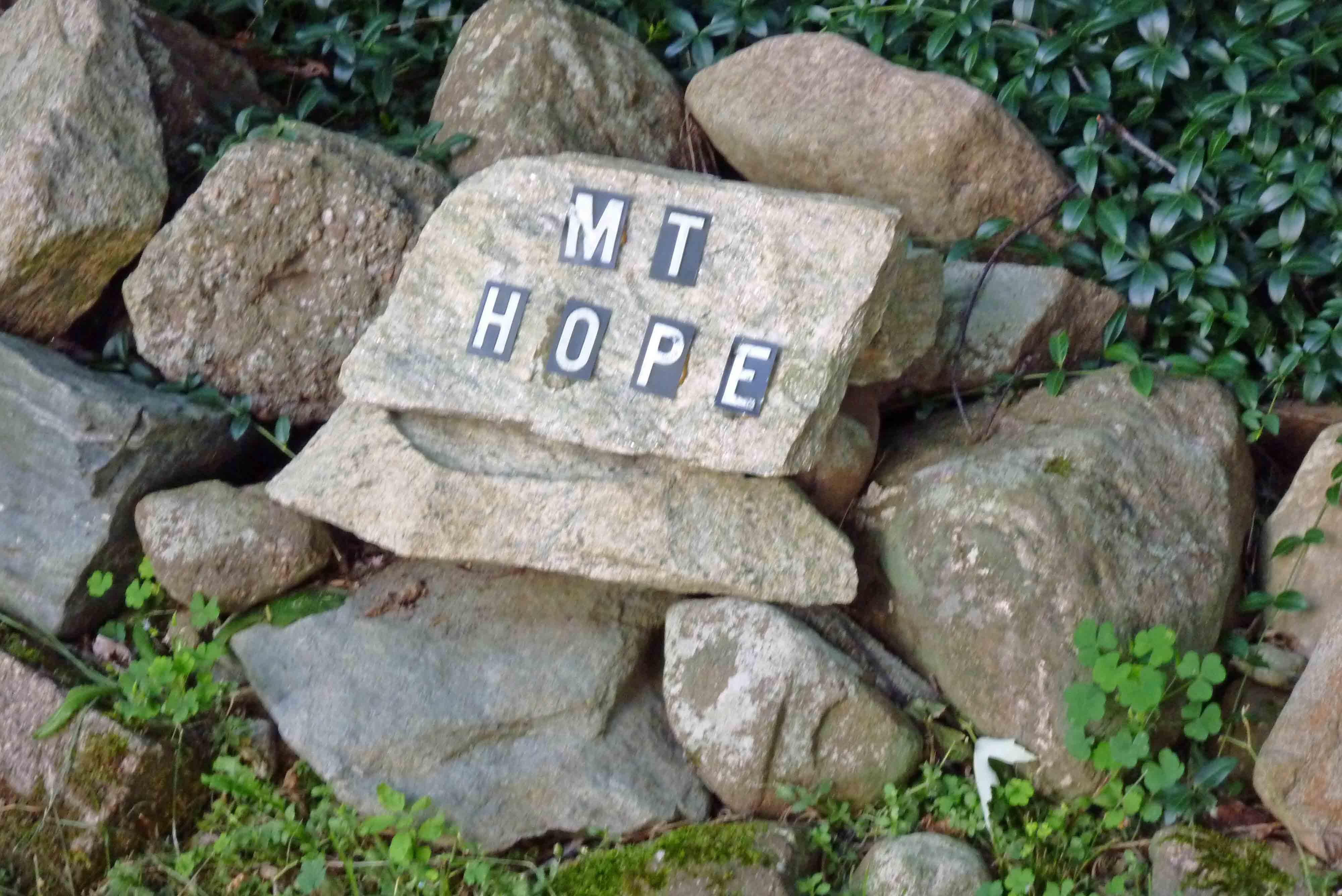 Mt Hope Sign