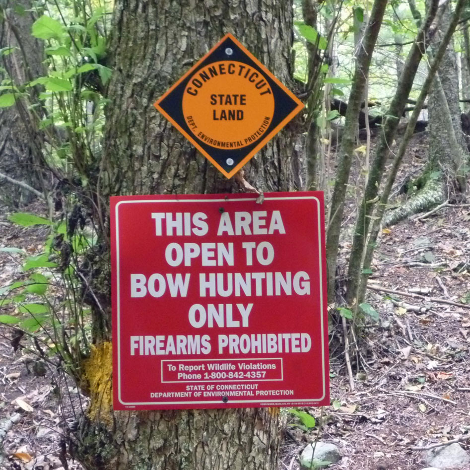 Bow Hunting Sign
