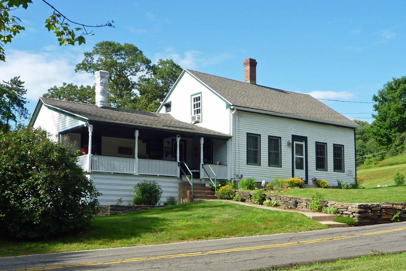 Valley Falls Farmhouse